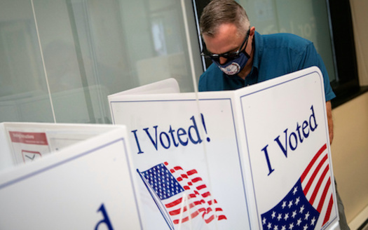 A package of sweeping changes to elections being considered by Texas lawmakers would prevent officials from mailing absentee ballot applications to voters. (brookings.edu)