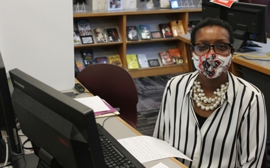 During virtual learning, Wayne Township bus driver Erica Woods helped manage coursework and schedules for more than three dozen high school seniors. (Aaricka Washington/Chalkbeat)