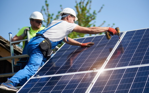 Virginia ranks 10th in the nation in the number of clean-energy jobs, according to the Virginia Conservation Network. (Adobe stock)