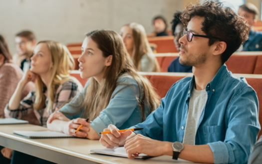 A proposal to expand Pell Grants by $400 would help pay for one extra three-credit course at a public, two-year community college. (Adobe stock)