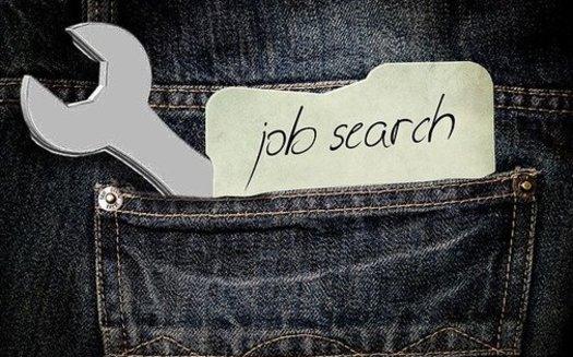 El gobernador Ron DeSantis dice que su orden ejecutiva, que tiene como requisito la búsqueda de trabajo para quienes reciben beneficios por desempleo, probablemente terminará el 29 de mayo (Pixabay / Kalhh).