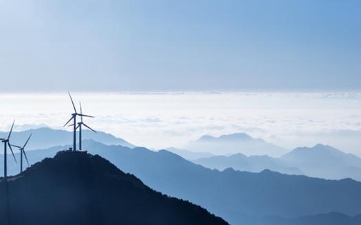 Casi un tercio de la electricidad de Colorado se generó a partir de fuentes renovables en 2020. (Adobe Stock)