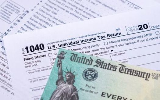 An independent analysis says under Wisconsin's tax relief plan, a typical family could see $115 in annual savings, while higher earners could save close to $1,000. (Adobe Stock)