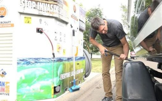 Minnesota-based CD3 Systems has developed self-service cleaning stations for boat owners to use amid efforts to stop the spread of aquatic invasive species. (Photo courtesy of CD3stations.com)