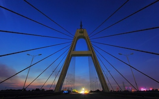 En Texas, hay 818 puentes en mal estado según un informe de la administración Biden sobre la infraestructura del país. (heiyeuiu / Pixabay)