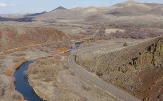 U.S. Highway 20 runs through winter habitat for mule deer from Ontario to Burns, in eastern Oregon. (Jessica Sherry/Alita Films)