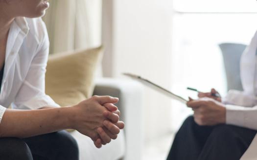 Más de dos tercios de todos los beneficiarios de Medicaid en todo el país reciben atención de organizaciones de atención administrada que tienen contrato con los programas estatales de Medicaid. (Adobe Stock)