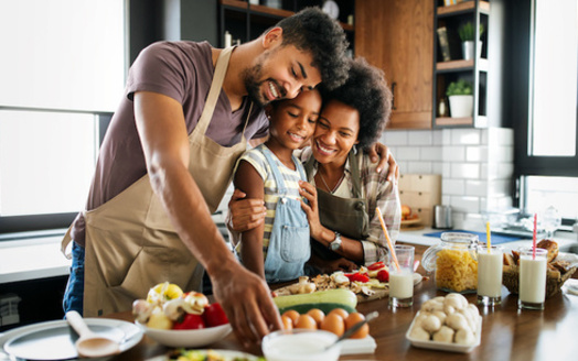 Research has found SNAP benefits cover 43% to 60% of what it costs to eat meals consistent with federal guidelines for what constitutes a healthy diet. (Adobe Stock)