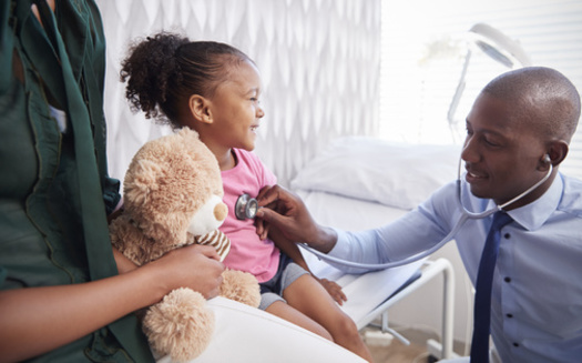 Based on projections, Charter Oak Health Center thinks its community health workers could decrease asthma-related child hospitalizations by 32% and save $142,000 in health-care costs. (Adobe Stock)