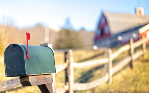A recent analysis found that states in the western half of the U.S. are likely to bear the brunt of U.S. Postal Service cutbacks. (Adobe Stock)