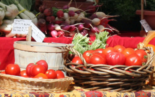 PHOTO: It's National Farmers Market Week. The markets can often be a way for beginning Iowa farmers to supplement their incomes. Photo credit: Deborah C. Smith