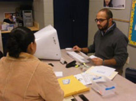 PHOTO: Chicago Public Schools help parents apply for food assistance. A new USDA report finds that 13 percent of Illinois families struggle to put food on the table. Photo courtesy of: CPS