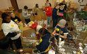 FOTO: Un nuevo reporte del Food research and Action Center detect� que uno de cada seis hogares de los Estados Unidos declararon que, durante 2014, hubo veces que no tuvieron para comer; muchos recurrieron a los bancos de alimentos, como el que muestra la imagen. Cr�dito de la foto: BotMultichillT/Wikimedia Commons.