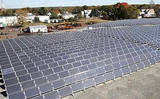 PHOTO: In Illinois and elsewhere in the nation, a new report says it takes effective public policies to contribute to the growth of solar power. Photo courtesy Environmental Protection Agency.