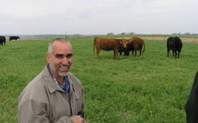 Bruce Carney of Maxwell says cattle and crops can coexist and benefit one another. (PFI)
