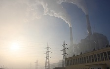 National and state-based clean air policies, including reducing pollution from coal-fired power plants, are helping improve air quality in Colorado. (Pixabay)