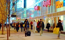 Holiday shoppers should arm themselves with information about the latest scams, according to the Wisconsin Bureau of Consumer Protection. (Wikimedia Commons)