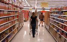 About one in every seven people in Arizona relies on food assistance through SNAP. (Daniel Orth/Flickr)