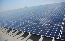 The energy-efficiency industry reports increased interest in solar in Arkansas, and now generates at least 136 megawatts of energy annually, according to the Solar Energy Industries Association. (Pete Jelliffe/flickr)