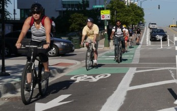 PHOTO: A first-of-its-kind report card is being issued that ranking Connecticut towns & cities for the experience they provide to bikers and walkers. Photo courtesy of Mike Amsden/ City of Chicago and the League of American Bicyclists.