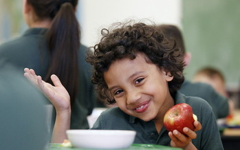 Boston Public School students can now participate in Meatless Mondays in cafeterias.