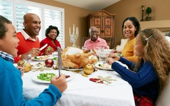 PHOTO: Holiday family gatherings can be fun but sometimes stressful. Mental-health experts say it's OK to pace yourself and even say