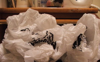 PHOTO: Single-use plastic bags would no longer be an option at checkout under a proposal before the Columbia city council. Photo credit: RonnieB/Morguefile.