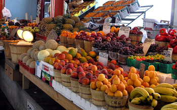 Is hydraulic fracturing is compromising the growing local food movement? Credit: Drumguy8800/Wikipedia