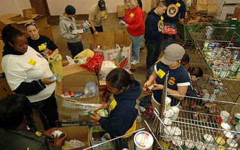 PHOTO: A new report from the Food Research and Action Center finds that one in six American households said there were times they couldn't afford to buy food in 2014, many relied on community food banks such as the one above. Photo credit: BotMultichillT/Wikimedia Commons.