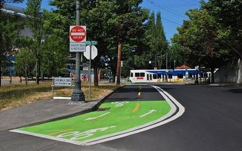 Town and city planners will hear from a transportation expert this week about how Portland, Ore.'s investment in hundreds of miles of bike lanes has quadrupled bike use in that city. Credit: Wikimedia commons - Steve Morgan