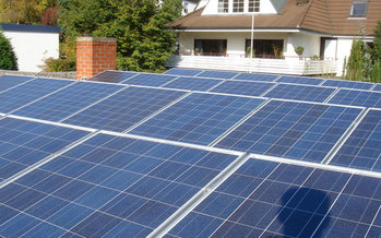 PHOTO: New solar projects are popping up around Indiana, thanks to the Solar Uniting Neighbors Grant Program. The goal is to help communities understand how to use and deploy solar technology to save energy and money. Photo credit: Ruairi/Flickr.