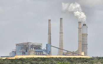 Texas is on the hook to reduce carbon emissions from existing fossil fuel power plants. Credit: Larry D. Moore/Wikimedia Commons.