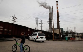 Advocates for cleaner air say those living closest to coal-fired power plants will benefit the most from the EPA's new pollution rules. Credit: Chris Jordan-Bloch/Earthjustice.<br /><br /><br /><br /><br />