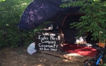 Nashville city leaders are considering solutions to their homeless problem, recently complicated by the closure of an unofficial homeless encampment at a city park. Credit: W. Connelly