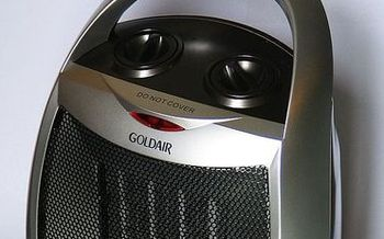 Space heaters account for 25,000 fires and 300 deaths nationwide each year. Credit: Benchill/WikimediaCommons
