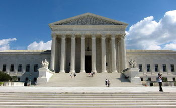 The ACLU of Texas and other groups plan to file amicus briefs with the U.S Supreme Court opposing a law they say limits access to abortion services. Credit: Agnostic Preacher's Kid/Wikimedia Commons.