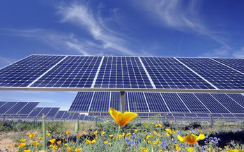 A new study says Arizona could meet EPA carbon reduction goals by speeding up solar and wind power projects already in the planning stages. Credit: Salt River Project