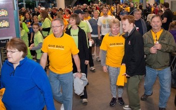 Thousands of Minnesotans donate time and money in the Walk to End Hunger on Thanksgiving morning. Credit: Hunger Solutions Minnesota