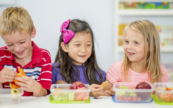 As North Dakota struggles with obesity problems, thousands of kids could soon be getting healthier lunches. (iStockphoto)