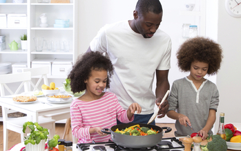 Health advocates say many Minnesotans don't have access to good foods. (iStockphoto)