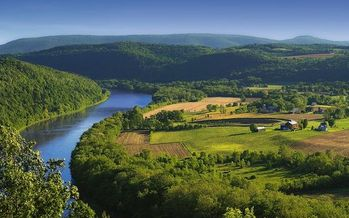 Pennsylvania's Department of Environmental Protection estimates that only 30 percent of farms in the state comply with current clean-water laws. (Nicholas/Wikimedia Commons)