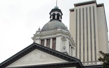 Advocates hope Florida lawmakers will take into account that the vast majority of older Floridians want to remain in their homes as they age. (Globetrotter/Wikimedia Commons)