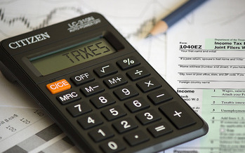The AARP Tax Aide Foundation is offering free tax help at 62 sites across Tennessee starting today. (eFile989/Flickr)