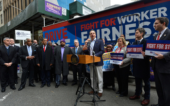 Gov. Andrew Cuomo calls for raising the minimum wage and passing paid family leave. (Gov. Andrew Cuomo)