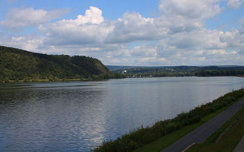 The Susquehanna river carries millions of pounds of pollution to Chesapeake Bay. (Jakec/Wikimedia Commons)