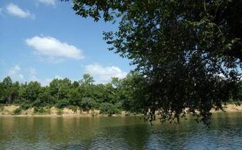 A bill being considered in Missouri would authorize the sale at auction of newly acquired state park land along the Eleven Point River. (Missouri State Parks)