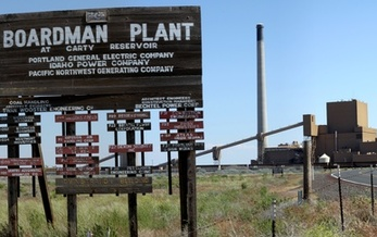 The Boardman Plant is Oregon's only coal-powered plant. Portland General Electric plans to close it by 2020. (Tedder/Wikimedia Commons)