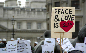 New research shows some international news coverage unnecessarily links the Islamic faith to acts of extremist violence. (iStockphoto)