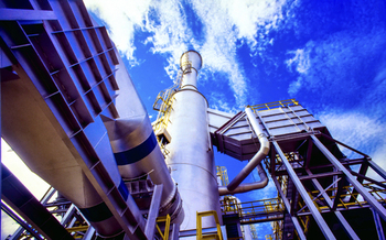 Chemical plants in Texas release tons of deadly toxins and carcinogens each year through breakdowns and maintenance errors, according to a new report. (DanielAzocar/iStockphoto)