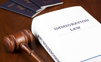 The group Grassroots Leadership is working to keep undocumented migrants out of prison-like facilities while they await an immigration hearing. (ericsphoto/iStockphoto)